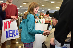 IHF Oct 2016 (indyhonorflight) Tags: ethan dozier abledcaarrival ihf indyhonorflight tbd oct angela napili ethandozier public