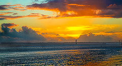 Southsea Beach sunset (spencerrushton) Tags: spencerrushton spencer rushton canon canonl canon5dmkiii canon24105mmlf4 24105mm colour landscape nature outdoors sunset beach southseabeach manfrottotripod manfrotto skyline sun red yellow orange old southseasky reflection clouds canonllens