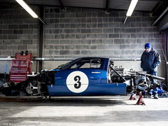 2016 Donington Park test: Ford GT40 (8w6thgear) Tags: 2016 doningtonpark test ford gt40 sportscar paddock pitgarages pitbox