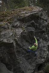 onsight (sami kuosmanen) Tags: kiipeily bouldering boulder boulderointi mets man mies finland forest suomi sport syksy luonto light action high korkea pasi kyt tuulos rock boulderi siirtolohkare big iso