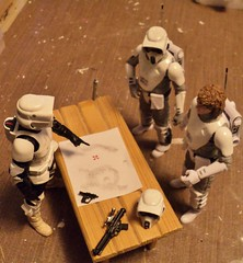 Receiving their orders (ToyPhotos) Tags: custom starwars 6inchblackseries hoth arctic scouttrooper imperial rebel echobase esb empirestrikesback empire hasbro toy action figure