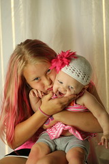 IMG_7039 (uyht) Tags: pink cute sisters happy sweet laughter