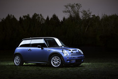 Dad's Mini Cooper S (Mitchell Lea) Tags: blue lightpainting night reflections nikon mini s fluorescent cooper vagabond 70200mmf28 d700