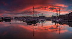 Plymouth Barbican (Jerry Fryer) Tags: plymouth devon barbican suttonharbour pilgrimfathers mayflowersteps chinahouse aquarium boats sunset dusk twilight canon 6d ef1635mmf4l lee filters 6nd hard sea seascape coast sky reflections citadel mirror light clouds
