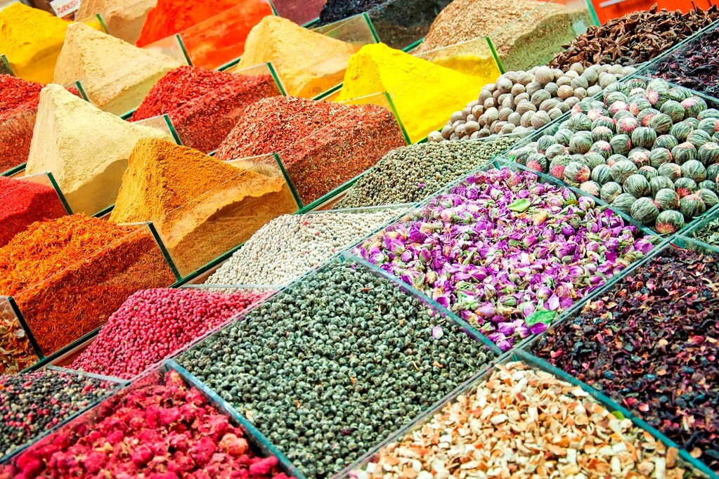 Istanbul egyptian spice market