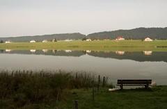 Invitation... (Gisou68Fr) Tags: suisse schweitz switzerland paysage landscape landschaft water eau wasser lac lake see lestaillres lacdestaillres banc bench benchmonday hbm canoneos650d efs18135mmf3556isstm