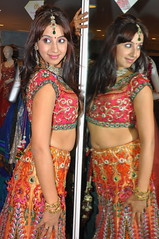 South Actress SANJJANAA Photos Set-11 (5)