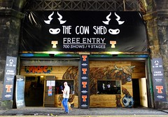 Fringe - the Cow Shed (byronv2) Tags: edinburgh edinburghfestival edinburghfestivalfringe fringe fringe2016 edinburghfringe2016 edinburghfestivalfringe2016 oldtown scotland august summer street cowgate venue theatre fringevenue cowshed