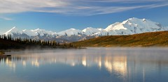 Beautiful misty morning - Wonder Lake, Denali National Park, Alaska (emacan1905) Tags: alaska landscape mckinley denali mist nebel wonderlake scenery lake autumn fall colors fog wonder national park