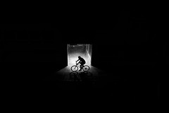 Bicycle (Reiner Girsch) Tags: olympus omd em5 streetart street streetphotoraphy streetfotografie people life lifeofthestreet cologne humans kln menschen leute gesichter strase strasenfotografie rgfotografie city citydschungel grosstadtdschungel stadt blackandwhite blackwhite sw schwarzweis magazin streetmagazin issuu streetmagazinpunktcom com passion leidenschaft sos soulofstreet silhouette light herzblut soulofcologne monochrome photokina kina color bw picoftheday pictureoftheday minimalismus schwarzer hintergrund cycle rad