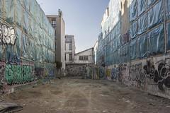 . (Le Cercle Rouge) Tags: paris france ruedufaubourgdutemple belleville goncourt 75011 construction graffs graffitis graffitiart streetart painters