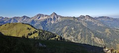 mountain scenery - Light and shadow (Hugo von Schreck) Tags: hugovonschreck landschaft bergwelt outdoor austria europe canoneos5dsr tamronsp1530mmf28divcusda012 berge