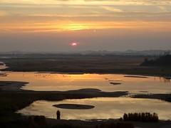Sprookjesachtig (Omroep Zeeland) Tags: zonsopkomst westkapelle natuurgebied