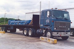 """Mack Ultraliner, """"Mercer"""" (PAcarhauler) Tags: mack truck tractor semi trailer coe cabover"""