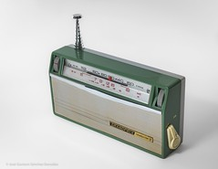 GRANDPRIX GP-901, Circa 1965, Made in Japan by HOKUTO RADIO CORPORATION. (José Gustavo Sánchez González) Tags: josegustavo transistorradio grandprix gp901 japan