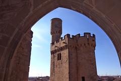 Torre de la Atalaya (marathoniano) Tags: tower castle art architecture real arquitectura torre arte palau castillo carlosiii atalaya olite palacio navarra castell reial marathoniano erriberri ramónsobrinotorrens