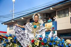 Mil_Polleras_2013-51 (Sahara Samudio) Tags: woman dress traditions folklore desfile panama luxury centralamerica lujo tradicin lossantos tpico lastablas traditionalcostumes pollerapanamea tembleques fiestadelapollera polleradelujo milpolleras