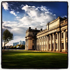 Old Royal Naval College, with Canary Wharf in the backgound (Urban Squirrel) Tags: uk london architecture square greenwich squareformat inkwell canarywharf oldroyalnavalcollege se10 iphoneography instagramapp