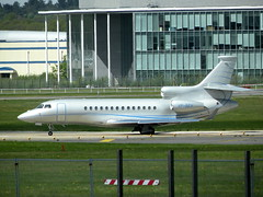 DASSAULT FALCON 7X VP-BEH (BIKEPILOT) Tags: airport aircraft aviation aeroplane farnborough airfield aerodrome eglf dassaultfalcon7x vpbeh