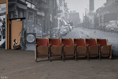 Straenblockade (Julicious Photography) Tags: old abandoned kino theater belgium decay haunted ruine urbanexploration rotten emptiness stuhl trespassing verlassen belgien urbex abandonn verfall leerstand lostplace canoneos5dmarkii thtrejeusette