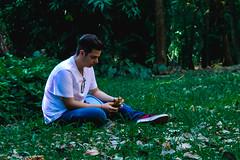 (Giovanna S. Callegari) Tags: boy ensaio book conceitual forest green indie hipster bea beautiful nature natureza