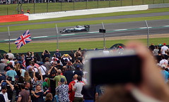 Snap! (6079 Jones,P) Tags: formula one f1 british grand prix silverstone car racing auto motorsport camera phone lewis hamilton mercedes w07 hybrid union flag vale
