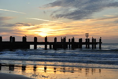 Good morning! (Kirkleyjohn) Tags: sun sunrise morning reflection silhouette silhouettes water waves beach groyne sea seaside seashore seascape seagull seagulls sky skies clouds light lowestoft lowestoftbeach kirkley