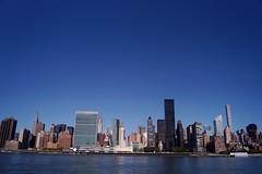 Queens - vue sur Midtown 10 (luco*) Tags: étatsunis damérique amérique usa united states america new york queens midtown onu un east river view vue gratteciel