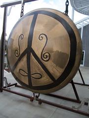 William T. Wiley (rocor) Tags: manettishremmuseum ucdavis williamtwiley gong