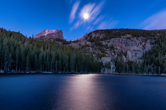 (randomlyjonftw) Tags: bear lake colorado estes park co moon light moonlight clouds long exposure blue pond mountains peaks landscape photography blur stop reflection purple 16x9 wide angle night
