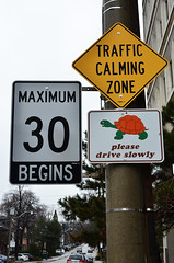 Traffic Calming Zone (pokoroto) Tags: toronto sign spring traffic calming april zone  4  uzuki 2013  shigatsu unohanamonth 25