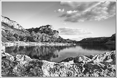 "Lagunas de Ruidera, un pequeño homenaje a Ansel Adams • <a style=""font-size:0.8em;"" href=""http://www.flickr.com/photos/15452905@N02/8709060183/"" target=""_blank"">View on Flickr</a>"