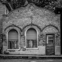Three Arches (Larry Senalik) Tags: county bw white black building illinois cass 2013 chandlerville