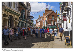 Lincoln, Bailgate shopping (Paul Simpson Photography) Tags: paulsimpsonphotography photoof photosof imageof imagesof lincoln bailgate bluesky sonya77 summer sunshine shopping lincolnshire cityoflincoln cobbles august2016 retail tourism tourists people