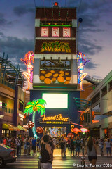-20160717PSW 201666-Edit (Laurie2123) Tags: fremontstreet lasvegas laurieturner laurieturnerphotography laurie2123 nikkor28300mm nikond800e psw2016 photoshopworld colorsofthenight neon nighttime