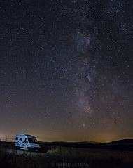"""Camper bajo la va lctea"" (daniel.ateca) Tags: vialactea estrellas fotografianocturna fotografadeestrellas milky milkyway outdoors night canon canoneos7d sigma2470 long exposure longexposure largaexposicion"
