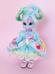 Embla (Helena / Funny Bunny) Tags: funnybunny emeraldwitch vintage doll 1972 solidbackground embla