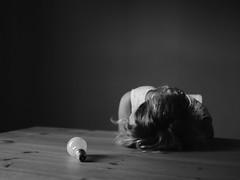 451 (Daniel Hammelstein) Tags: portrait faceless story melancholisch woman depressed light availablelight portraitlens olympus45mm lumixgh3 mft microfourthirds systemkamera storytelling dxo opticspro filmpack lookslikefilm grain bw blackandwhite schwarzweis fotografie 20mm17 pancake lens