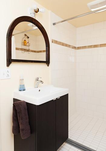 NE Clackamas Bath & Basement 013