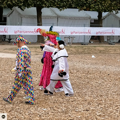 52lap2016 (photo & life) Tags: paris france ville city europe colors photography photolife jfl carnaval street streetphotography humanistphotography women girls people laparisienne2016 running fujifilm fujinon fujifilmxpro2 xpro2 fujinonxf35mmf2rwr square squareformat squarephotography