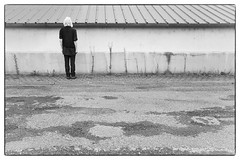 Wall Watching. (Begi Nabara) Tags: reasonstobecheerful selfportrait wallwatcher walls psychiatry psycho wall imonlyahumanbeing likehumansdo canyouspareashillingforacupoftea winteriscoming anactualperson notthenormalbollocks ahumanlikeyou borninthe50s handlewithcare donoharm wallwatchingforpeace icoulduseahug doingwhatidobest