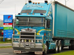 photo by secret squirrel (secret squirrel6) Tags: craigjohnsontruckphotos kenworth cabover coe downestransport bairnsdale trafalgar princeshighway trucking kw united