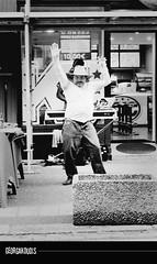 Fte de la musique (et des corps dsinhibs) (igeorgakoudis) Tags: ricoh film ricohxr500auto analog monochrome monochrom filmcamera bw blackwhite noiretblanc noirblanc argentique street streetlife streetphotography photoderue danse dance dancing strasbourg france georgakoudis wwwgeorgakoudisnet