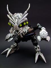 Nuhvok Kal (Djokson) Tags: bohrok kal bionicle robot bug chicken claws mandibles multiple eyes silver black green djokson lego moc