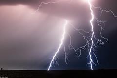 Le couloir de la foudre (Prsage des Vents) Tags: foudre clair lightning orage storm france alex
