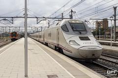 130-017 (Escursso) Tags: 130017 31 adif catalunya comarruga renfe svc santvicençdecalders tarragona trainspotting rail railway s130 spain train tren
