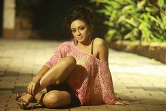South actress MADHUCHANDAPhotos Set-4-HOT IN MODERN DRESS   (4)