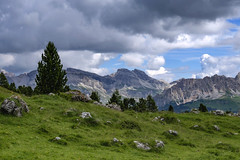 Trentino - Alto Adige (Italy) - Passo Sella (Massimo Battesini) Tags: nationalgeographic worldtrekker fujifilmxt1 fuji xt1 fujixt1 fujifilm finepix fujinon fujinonxf18135 fuji18135 fujifilmfujinonxf18135mmf3556rlmoiswr montagna montagne dolomiti mountains montaas berg dolomite dolomitas dolomites alpi alpes alps alpen selvadivalgardena trentinoaltoadige italia it taly italie italien europa europe passosella valgardena valdifassa
