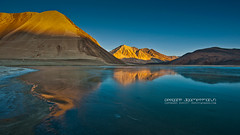 Pangong Lake (peerakit_popcity_5392) Tags: blue sunset orange mountain lake reflection ice nature water sunrise frozen peace freeze ladakh finegold flickraward flickraward5 fineplatinum finediamond