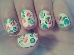 Uas de flores - azul & rosa (InmaSantiagoA) Tags: original flores primavera blanco nails manicure rosas verdes brillo uas azules manicura turquesa esmalte